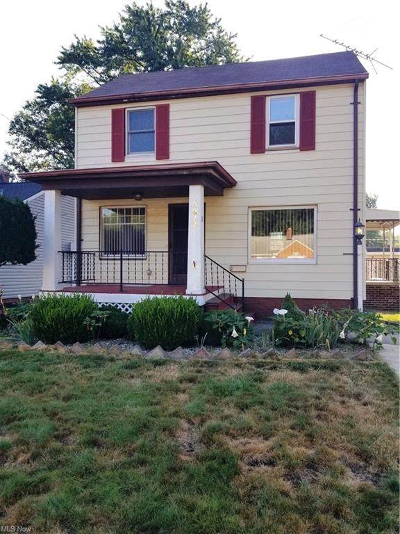 3977 W 224th Street, Fairview Park, OH 44126 (MLS #4305701) :: Simply Better Realty