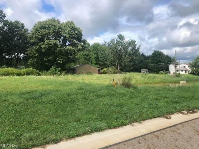 Bentgrass Avenue NE, Hartville, OH 44632 (MLS #4309631) :: RE/MAX Edge Realty