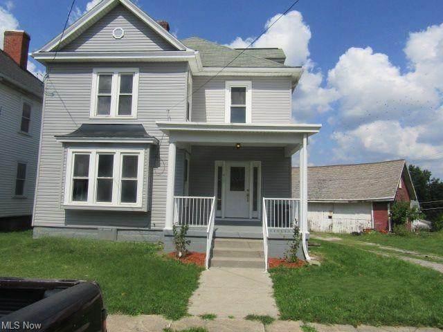 415 Park Avenue, Cadiz, OH 43907 (MLS #4310529) :: The Art of Real Estate