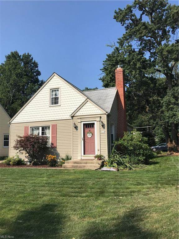 2122 26th Street, Cuyahoga Falls, OH 44223 (MLS #4310737) :: The Holden Agency