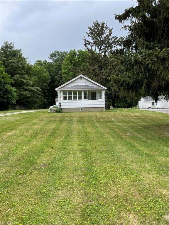 1739 W Jackson Street, Painesville Township, OH 44077 (MLS #4311405) :: The Art of Real Estate