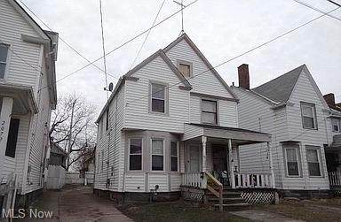 2070 W 105th Street, Cleveland, OH 44102 (MLS #4311557) :: TG Real Estate