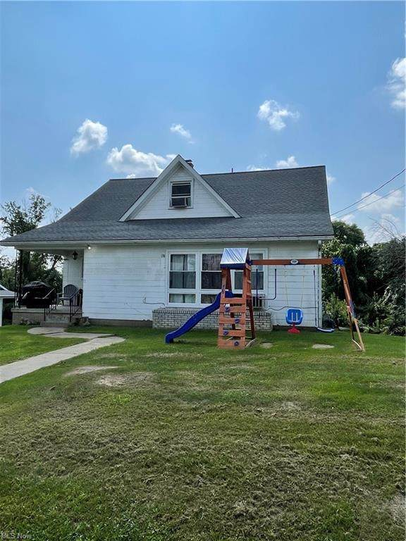 138 Woodrow Avenue, St. Clairsville, OH 43950 (MLS #4311689) :: RE/MAX Edge Realty