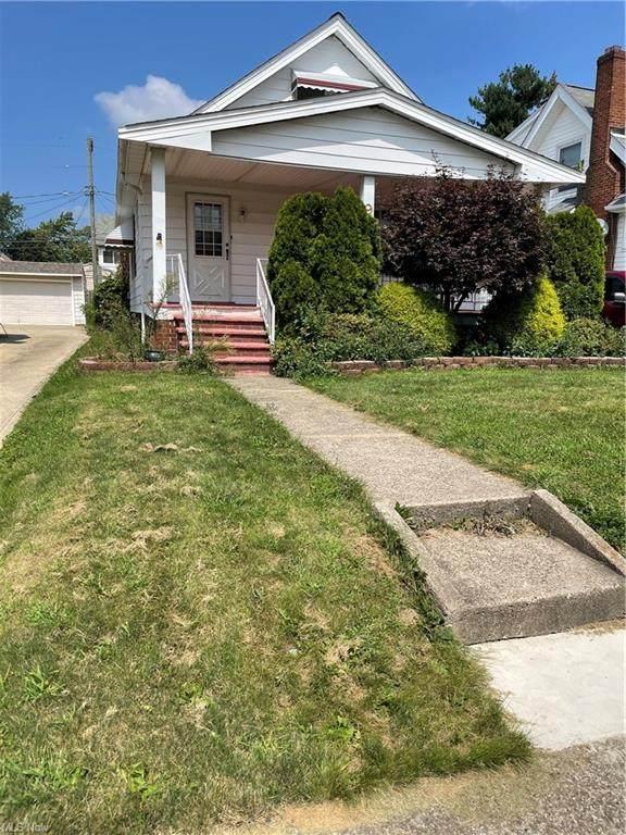 9413 Mccracken Road, Garfield Heights, OH 44125 (MLS #4312125) :: TG Real Estate
