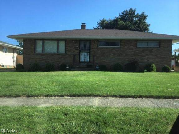6853 Revere Road, Parma Heights, OH 44130 (MLS #4313566) :: TG Real Estate
