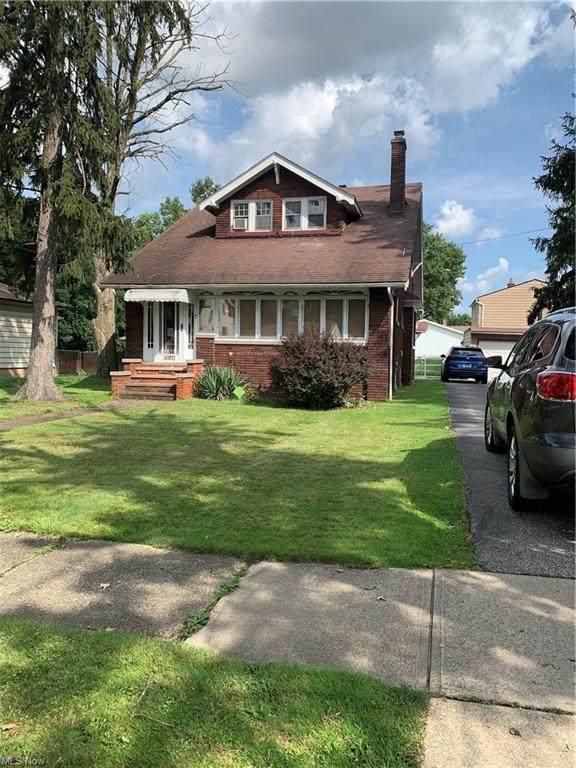 16921 Raymond Street, Maple Heights, OH 44137 (MLS #4313946) :: TG Real Estate