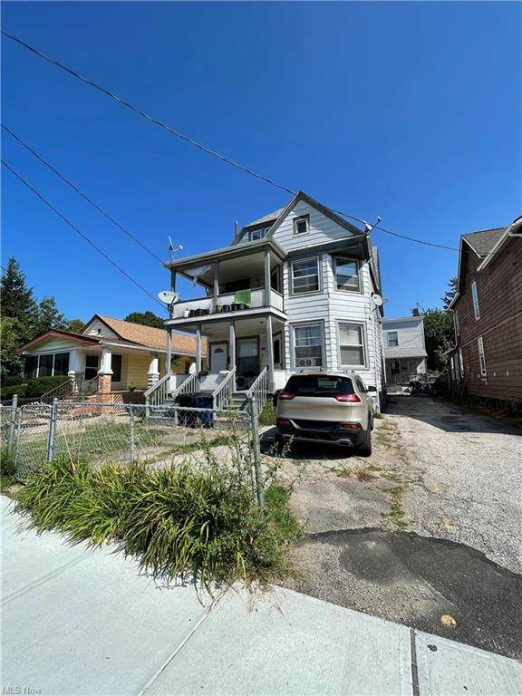 1851 W 58th Street, Cleveland, OH 44102 (MLS #4314447) :: TG Real Estate