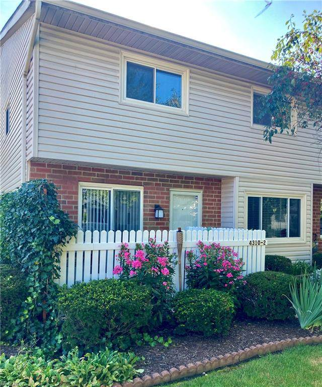 4310 Hyde Park #2, North Olmsted, OH 44070 (MLS #4315038) :: The Jess Nader Team | REMAX CROSSROADS