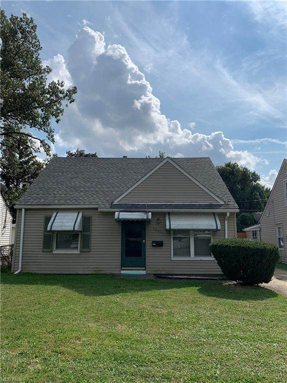 12211 Brooklawn Avenue, Cleveland, OH 44111 (MLS #4316315) :: The Holden Agency
