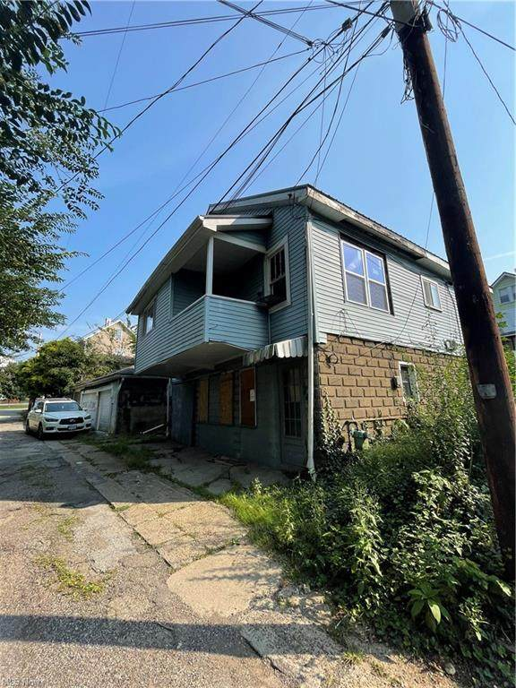 1609 Ridge, Steubenville, OH 43952 (MLS #4317317) :: Keller Williams Legacy Group Realty