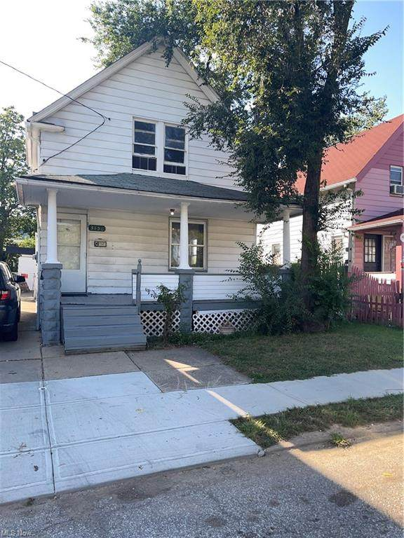 3156 W 104th Street, Cleveland, OH 44111 (MLS #4318150) :: The Holden Agency