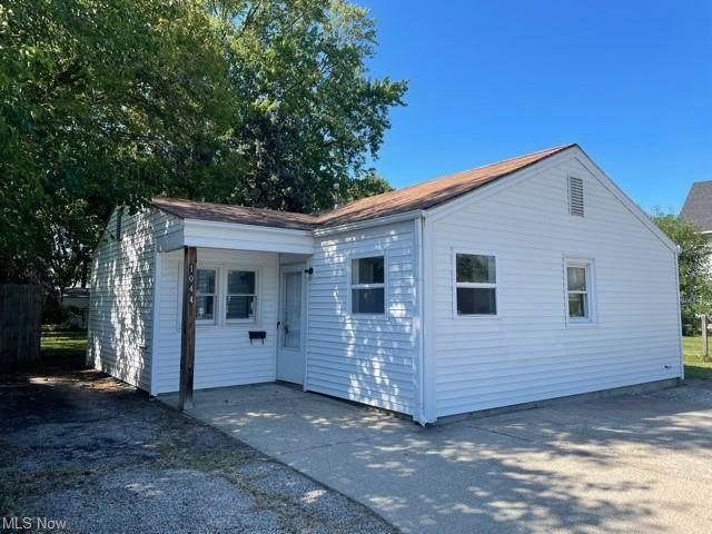 1044 W River Road N, Elyria, OH 44035 (MLS #4318206) :: Select Properties Realty