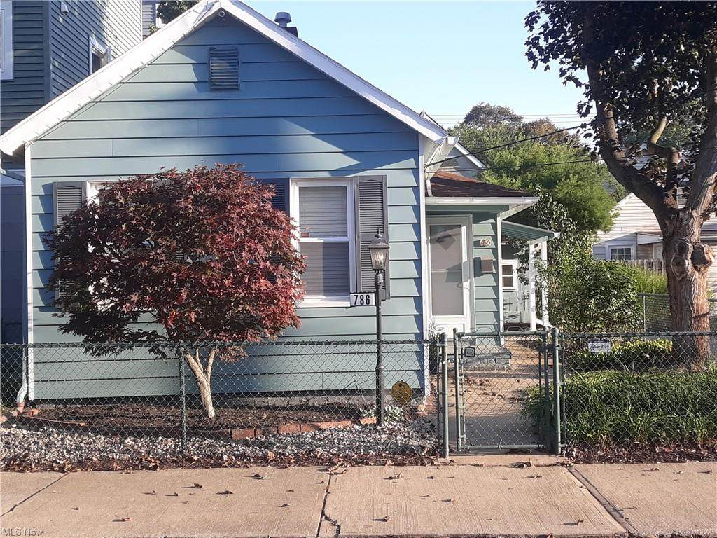 786 Brayton Avenue - Photo 1