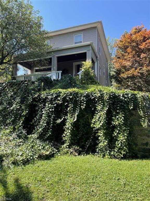 1401 Fairmont, East Liverpool, OH 43920 (MLS #4318216) :: RE/MAX Trends Realty