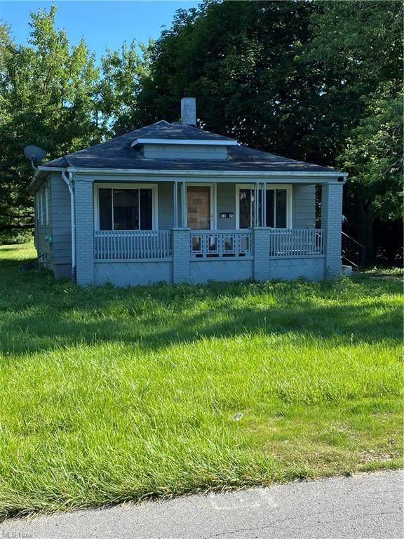 1805 Brandon Avenue, Poland, OH 44514 (MLS #4318659) :: TG Real Estate