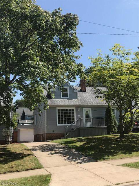 20160 Beachview Drive, Euclid, OH 44117 (MLS #4318937) :: RE/MAX Trends Realty