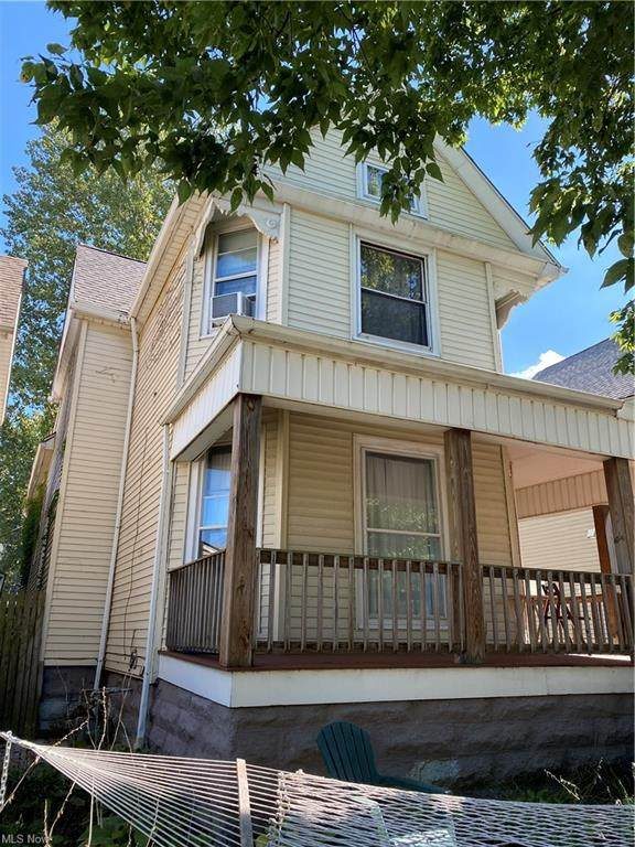 1361 W 76th Street, Cleveland, OH 44102 (MLS #4319712) :: The Tracy Jones Team