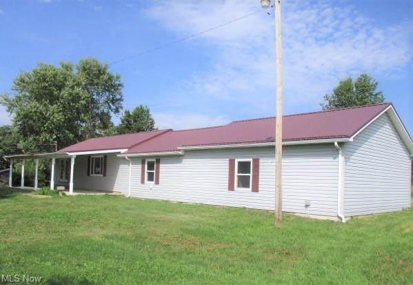 5239 Avon Road NE, Carrollton, OH 44615 (MLS #4319958) :: The Jess Nader Team | REMAX CROSSROADS