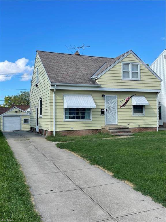 9420 Snow Road, Parma, OH 44130 (MLS #4319978) :: The Holden Agency