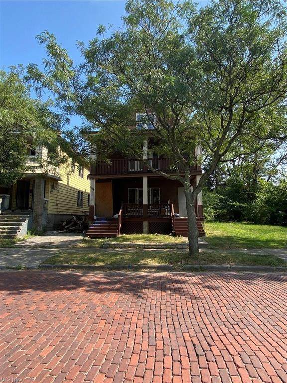 3545 E 117th Street, Cleveland, OH 44105 (MLS #4320048) :: RE/MAX Edge Realty