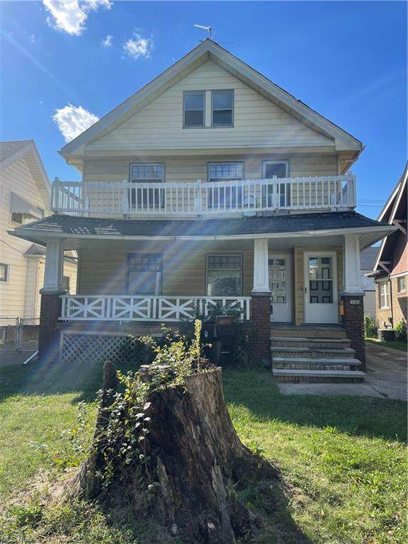 3364 W 100th Street, Cleveland, OH 44111 (MLS #4320900) :: RE/MAX Edge Realty