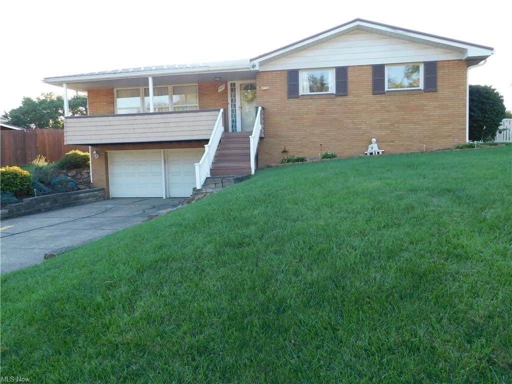 947 Donegal Drive - Photo 1
