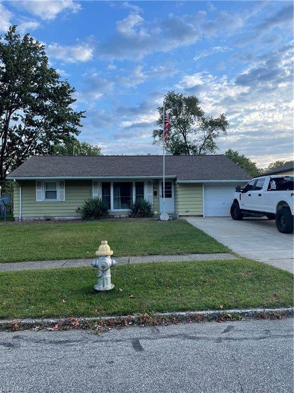 9784 Newkirk Drive, Parma Heights, OH 44130 (MLS #4321375) :: Simply Better Realty