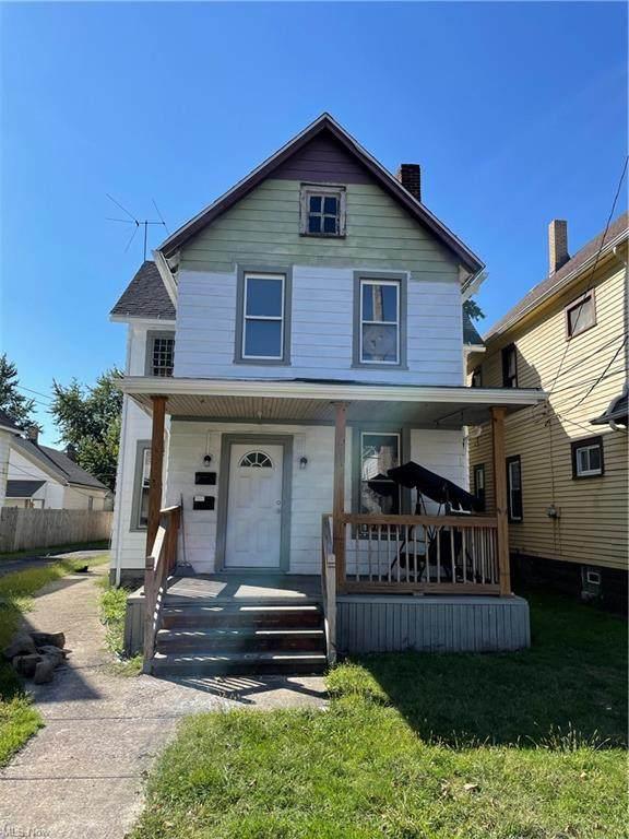 3130 W 30th Street, Cleveland, OH 44109 (MLS #4321390) :: Tammy Grogan and Associates at Keller Williams Chervenic Realty