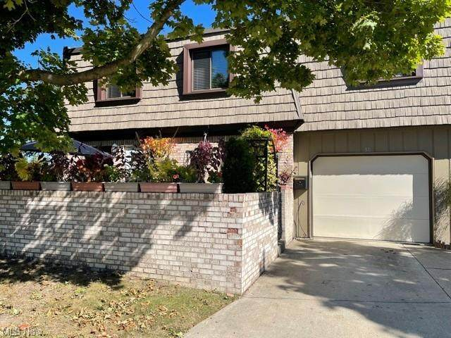 811 Tollis Parkway, Broadview Heights, OH 44147 (MLS #4321995) :: The Holly Ritchie Team