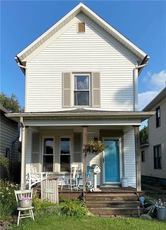 149 Beaver Avenue NE, New Philadelphia, OH 44663 (MLS #4322130) :: The Holly Ritchie Team