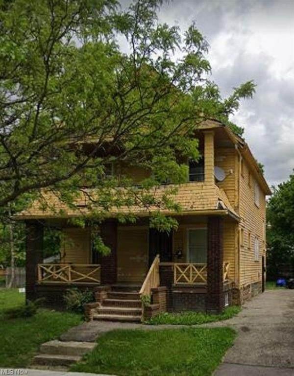 3439 E 104th Street, Cleveland, OH 44104 (MLS #4322296) :: Tammy Grogan and Associates at Keller Williams Chervenic Realty