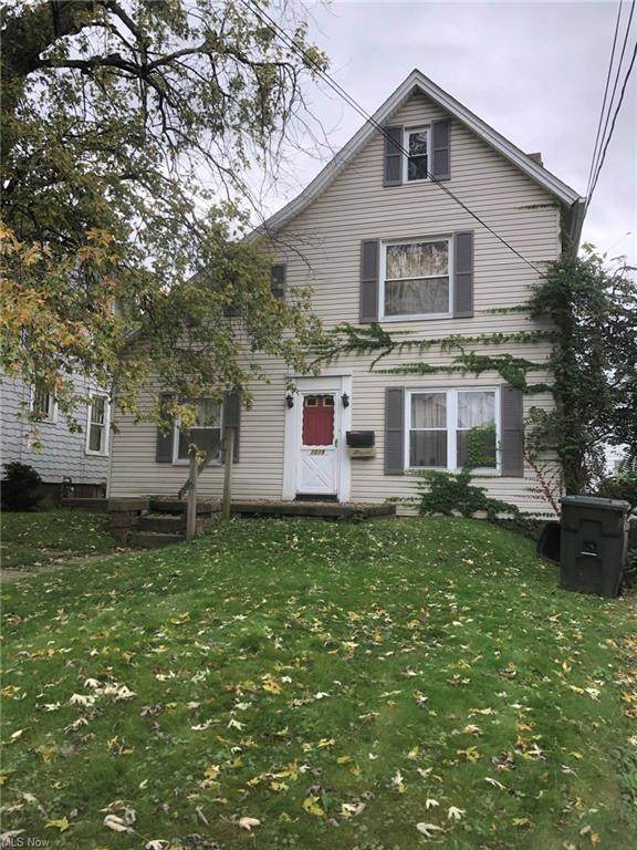 1019 Clarendon Avenue NW, Canton, OH 44708 (MLS #4323639) :: Jackson Realty
