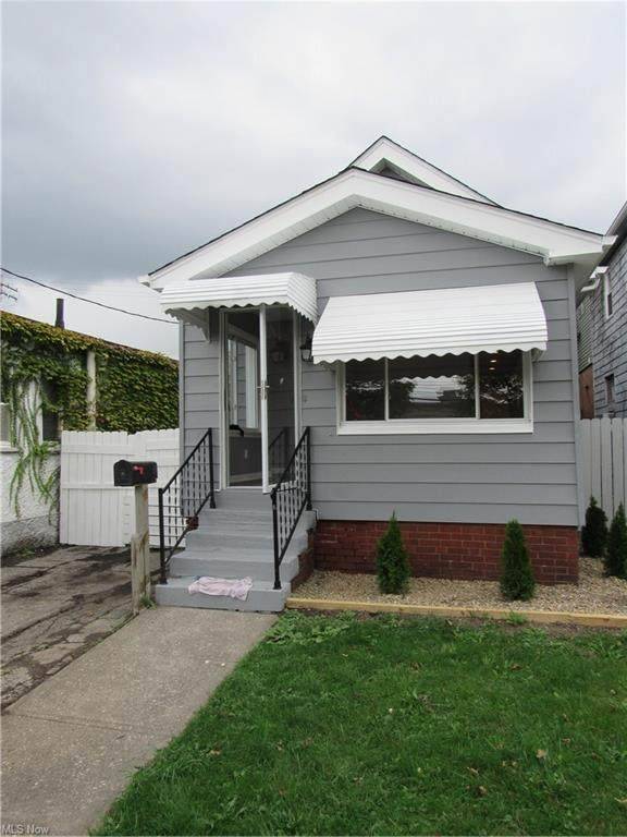 3173 W 106th Street, Cleveland, OH 44111 (MLS #4323944) :: The Holly Ritchie Team