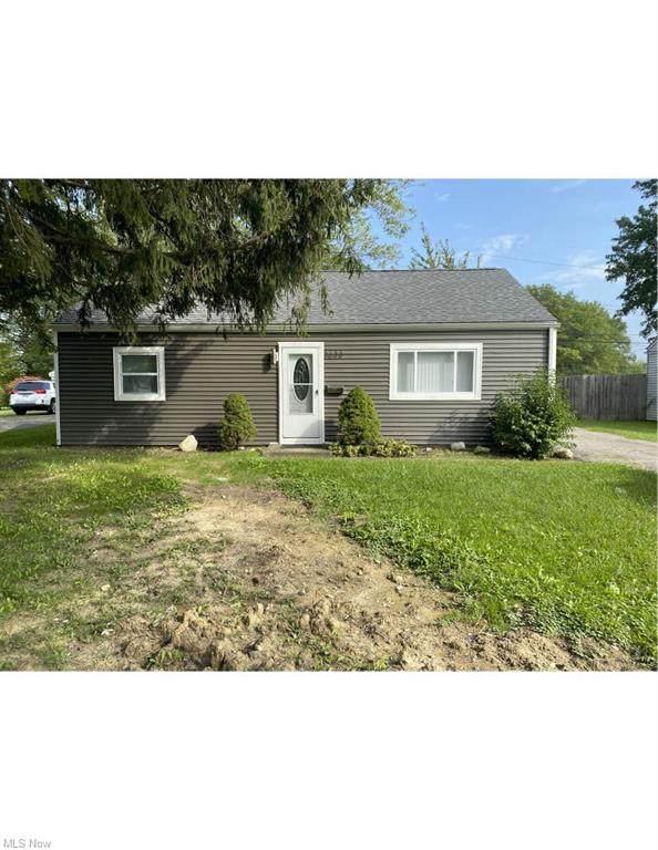 3633 Tacoma Avenue, Lorain, OH 44055 (MLS #4324417) :: Select Properties Realty
