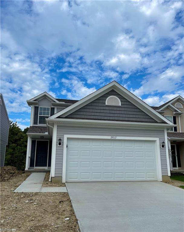 29117 Pembrooke Boulevard, Olmsted Township, OH 44138 (MLS #4325038) :: The Holden Agency