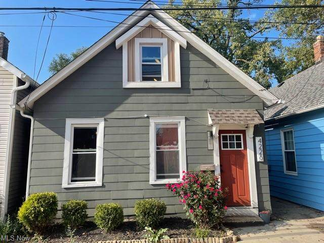 4226 Fulton Court, Cleveland, OH 44113 (MLS #4325331) :: RE/MAX Edge Realty