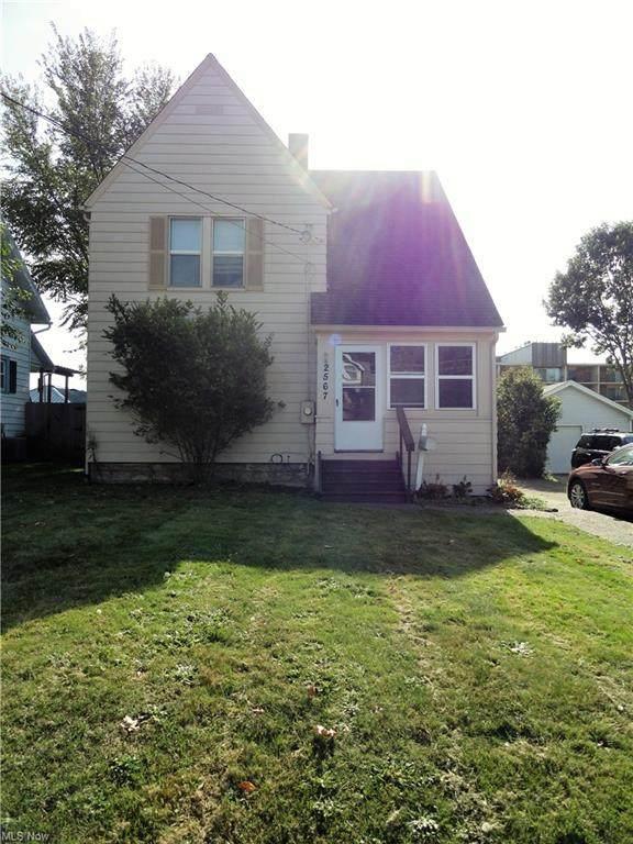 2567 3rd Street, Cuyahoga Falls, OH 44221 (MLS #4325468) :: Keller Williams Legacy Group Realty