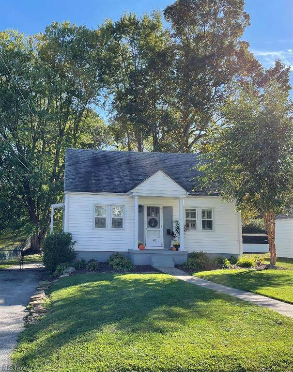 102 Bellview Street, St. Clairsville, OH 43950 (MLS #4325548) :: The Holly Ritchie Team