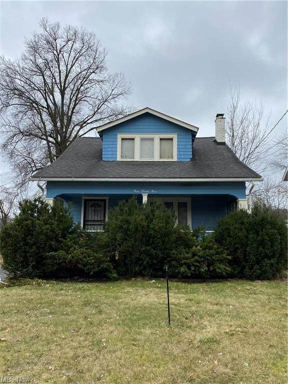 379 E Philadelphia Avenue, Youngstown, OH 44507 (MLS #4325772) :: Select Properties Realty
