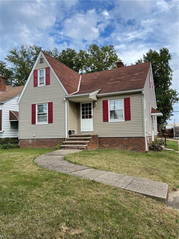 4097 W 157 Street, Cleveland, OH 44135 (MLS #4326042) :: Keller Williams Legacy Group Realty