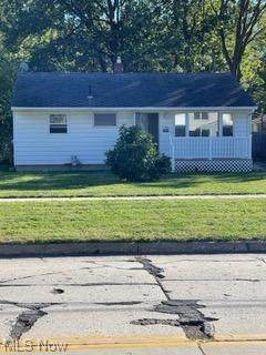 1870 Homewood Drive, Lorain, OH 44055 (MLS #4327262) :: Select Properties Realty