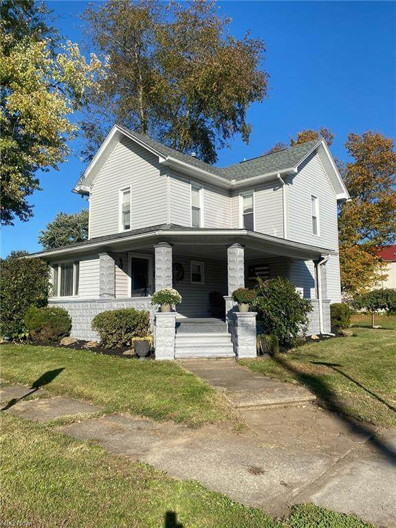 205 E Cherry Street, Tuscarawas, OH 44682 (MLS #4327285) :: Jackson Realty