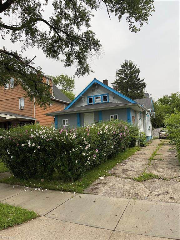 3353 E 121st Street, Cleveland, OH 44120 (MLS #4327444) :: Select Properties Realty