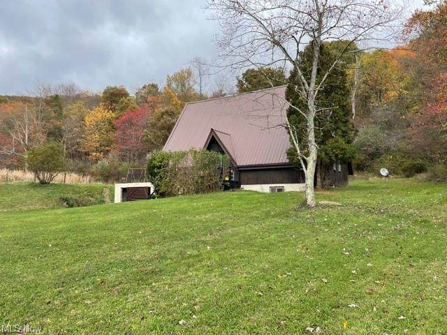 36012 State Route 39, Salineville, OH 43945 (MLS #4328695) :: RE/MAX Trends Realty