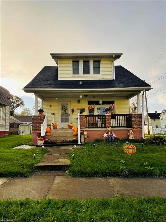 332 S 15th Street, Sebring, OH 44672 (MLS #4328742) :: RE/MAX Edge Realty