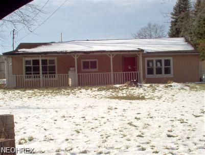 549 Hartzell Rd, North Benton, OH 44449 (MLS #3970799) :: PERNUS & DRENIK Team