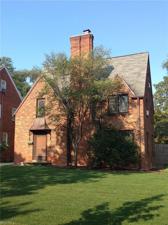 3670 Townley Rd, Shaker Heights, OH 44122 (MLS #3974776) :: The Crockett Team, Howard Hanna
