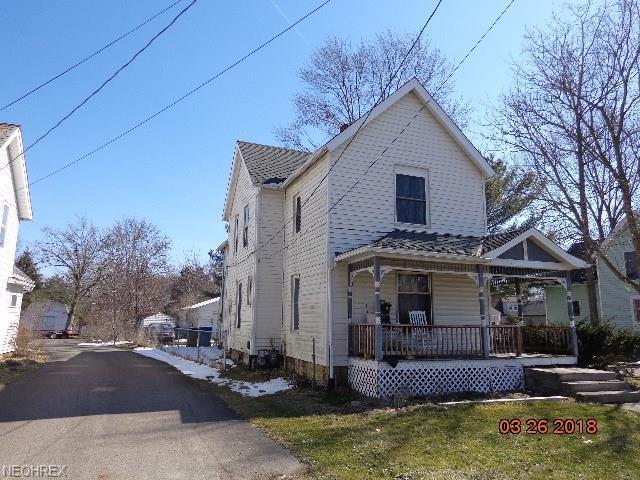 1036 Main St, Grafton, OH 44044 (MLS #3987097) :: The Crockett Team, Howard Hanna