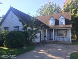 3034 Van Aken Blvd, Shaker Heights, OH 44120 (MLS #3989765) :: The Crockett Team, Howard Hanna