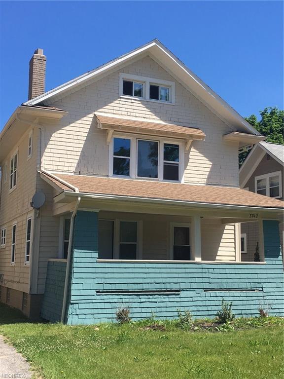 3797 Delmore Rd, Cleveland Heights, OH 44121 (MLS #4009754) :: The Crockett Team, Howard Hanna